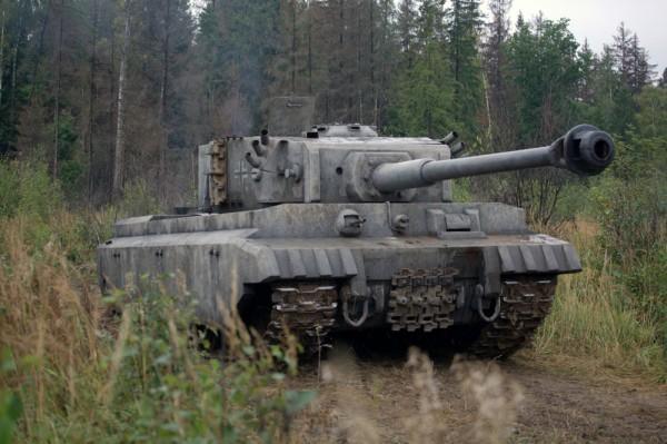 "Танковый бог: фильм Карена Шахназарова ""Белый тигр ... Танк Белый Тигр Фото"