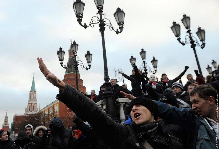 Неизвестные разрушили памятник солдатам Украинской повстанческой армии в Польше - Цензор.НЕТ 355