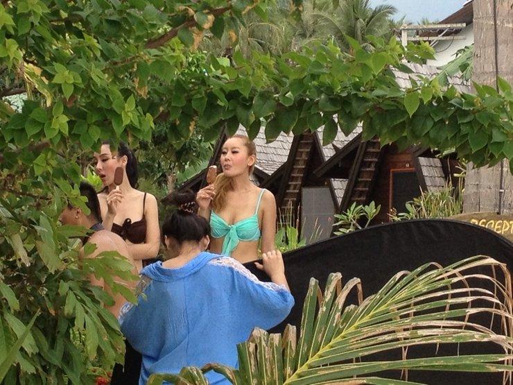 Девочки делают минет крупным планом 1 фотография