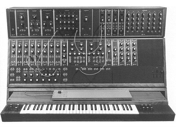 в работе синтезатора.