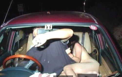 Секс женщиной в авто фото 57-982