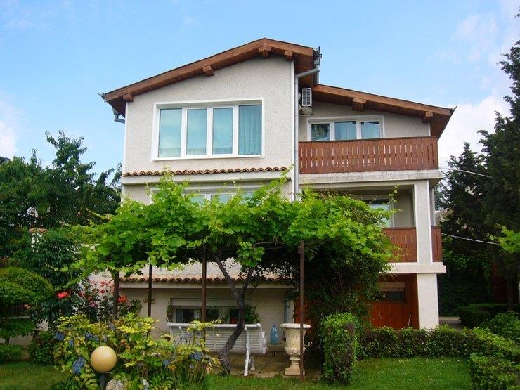 Дом в болгарии цены фото