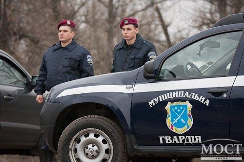 Полиция не стала на защиту горожан, которых избили у входа в мэрию