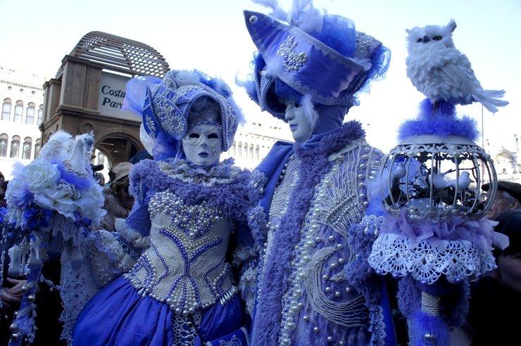 как надо одеваться на венецианский бал фото придания модели