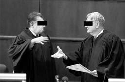 Размеры взяток в судах