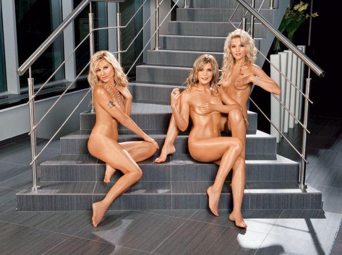 порно группа блестящие голые видео инцест, групповой секс
